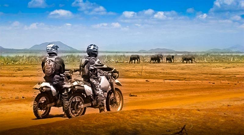 safari à moto en Tanzanie la piste Massais